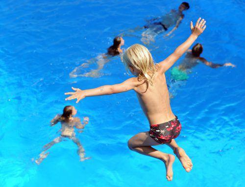 Nur die Hälfte der Unter-19-Jährigen kann hierzulande schwimmen. dpa