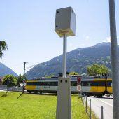 Rotlicht-Überwachung am Bahnübergang