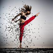 Atemberaubende Produktion zum tanz ist-Festivalabschluss