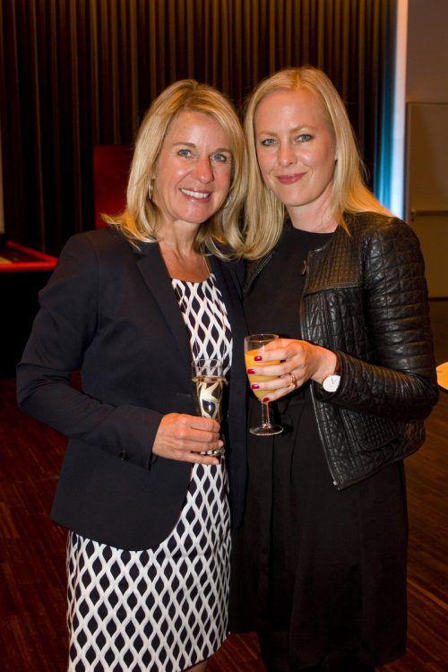 (v. l.) Michaela Kartnaller (V-Research) und Jasmin Bösch (Uniqa).