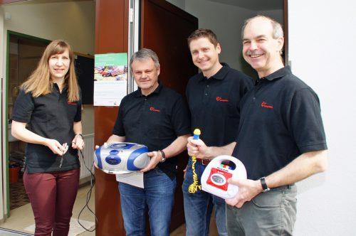 Vom e5-Team waren Cornelia Studer, Jürgen Katschitsch, Dominik Nigsch und Albert Rinderer beim ersten Reparaturcafé in Raggal im Einsatz.