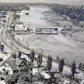 Aus Notsteg wurde beliebte Holzbrücke