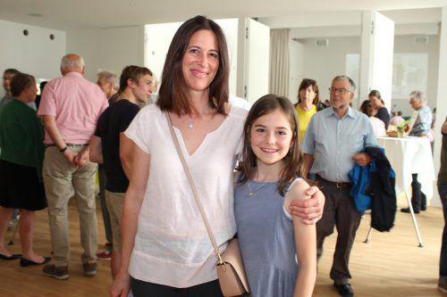 Wie Mama Sabine und Valentina freuten sich die Gäste.