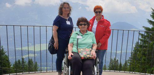 39 Reisegäste und 15 Betreuer genossen den Tag im Bregenzerwald. EST