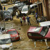 Überschwemmungen fordern Opfer