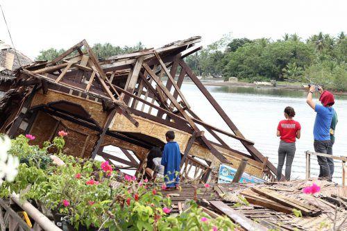 Auf den Philippinen wurden bei dem Beben zahlreiche Häuser zerstört. AFP