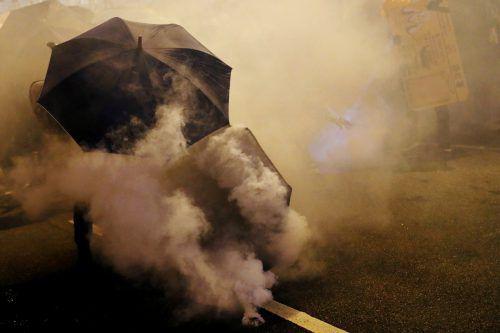 Bei den Protesten am Wochenende wurde viel Tränengas eingesetzt. reuters