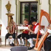 Gelebte Tradition und gepflegte Unterhaltung in Lech
