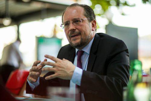 """Beim Thema Migration brauche es einen """"gesamthaften Zugang"""", meint Außenminister Schallenberg. VN/Paulitsch"""