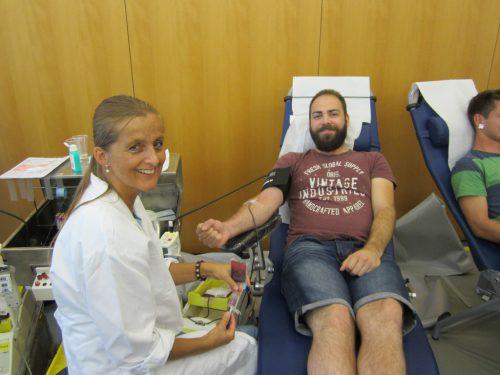 Blut spenden rettet Leben.bsd feldkirch