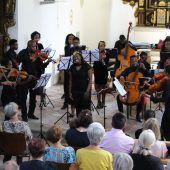 Streichmusik aus Südafrika in St. Corneli