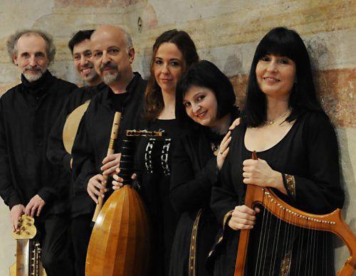 Das Ensemble konzertiert regelmäßig in zahlreichen Ländern Europas. freiburger spielleyt