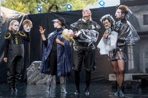 Das Ensemble Shakespeare am Berg, das vom Autor und Regisseur Thomas A. Welte geleitet wird, spielt unter neuen Rahmenbedingungen.