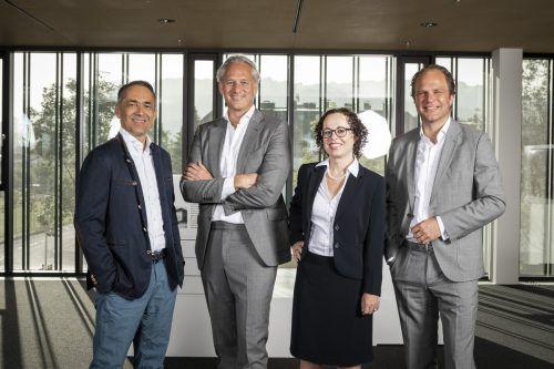 Das neugewählte IV-Präsidium (v.l.n.r.): Vizepräs. Hubert Rhomberg, Präsident Martin Ohneberg, Vizepräs. Christine Schwarz-Fuchs, Vizepräs. Heinz Senger-Weiss. Fasching