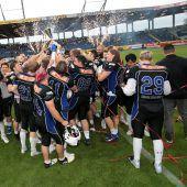 Blue Devils feiern Sieg im Silver Bowl