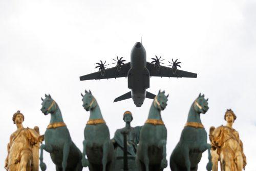 Der Luftfahrt- und Rüstungskonzern Airbus kann im zweiten Quartal mit einem Gewinnsprung überraschen. Reuters