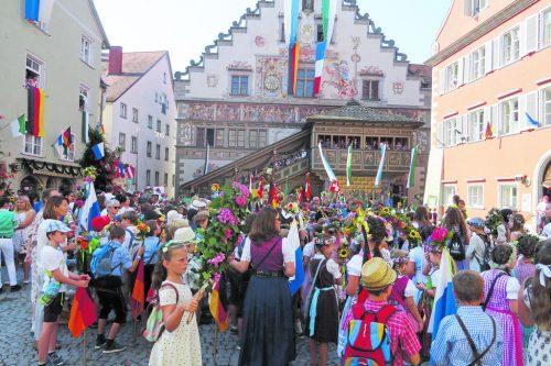 Der Mittwoch, 24. Juli, steht ganz im Zeichen der Kinder – seit 1655 wird das traditionelle Lindauer Kinderfest gefeiert.Veranstalter