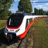 Der neue Zug ist im Land