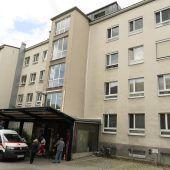Patient sticht in Wiener Spital Arzt nieder
