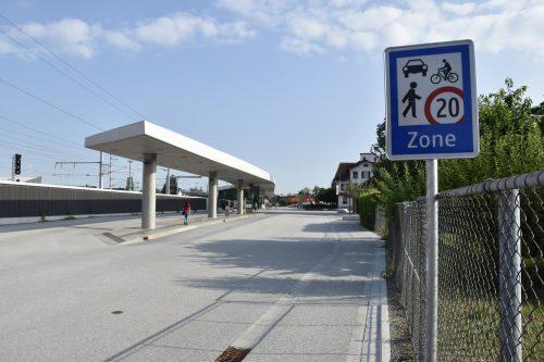 Der Rankweiler Bahnhofsvorplatz wurde zur Begegnungszone umfunktioniert.MarktGEmeinde