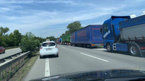 Der Unfall hatte einen Rückstau bis nach Dornbirn zur Folge. vol.at