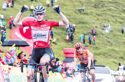 Die Hände in die Höhe: Platz sieben am Kitzbüheler Horn reichte Ben Hermans zum Sieg bei der Ö-Tour, rechts dahinter der Österreicher Riccardo Zoidl.gepa