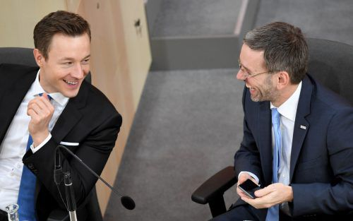 Die Harmonie zwischen Gernot Blümel (ÖVP) und Herbert Kickl (FPÖ) ist verflogen. Eine Neuauflage der ÖVP-FPÖ-Regierung sei nur ohne Kickl möglich, sagt Blümel.APA