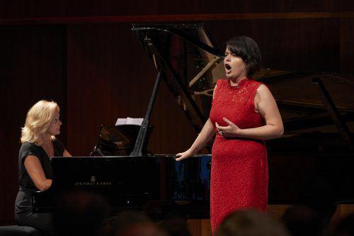 "Die Mezzosopranistin Aytaj Shikhalizada überzeugte bei ""Musik & Poesie"". BF/Köhler"