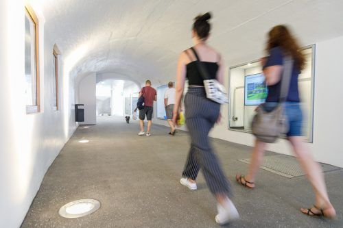 Die neue James-Joyce-Passage erlaubt die barrierefreie direkte Verbindung vom Stadtzentrum zum Bahnhof. Feldkirch/ Hofmeister