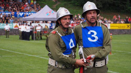 Die teilnehmenden Feuerwehrenarbeiteten mit vollster Konzentration.