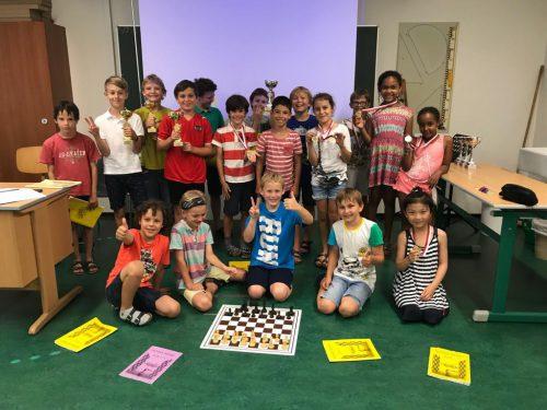 Die Teilnehmer des Freifachs Schach freuten sich über die Auszeichnung.cth