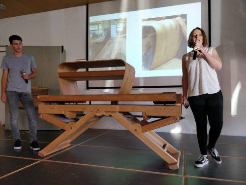 Die Tischlereilehrlinge beeindruckten mit ihren kreativen Projektarbeiten.cth