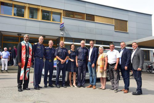 Ebenfalls unter den Festgästen: Landespolizeidirektor Hans-Peter Ludescher und Sicherheitslandesrat Christian Gantner (Mitte). Polizei