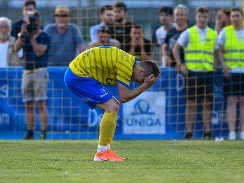 Ein enttäuschter Stjepan Drobnak nach der Niederlage des VfB Hohenems.Vn