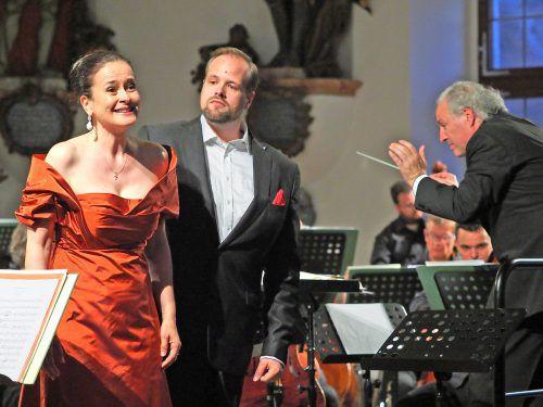 Ein umjubelter Konzertabend mit Honeck, den Bamberger Symphonikern und den Sängern Simona Šaturová und Benjamin Brunshv