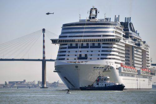 Eine Frau ist nach einem Sturz von diesem Schiff gestorben. afp