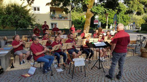 Es sind alle herzlich eingeladen zur öffentlichen Probe am 9. Juli beim Dorfplatz in Röthis, gegenüber GH Rössle.mvh röthis