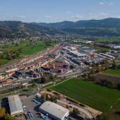 Vorarlberg exportiert so viel wie noch nie: Volumen steigt auf 10,5 Milliarden Euro. D1