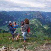 Knapp 700 kamen zur VN-Familienerlebniswanderung auf den Diedamskopf. A8