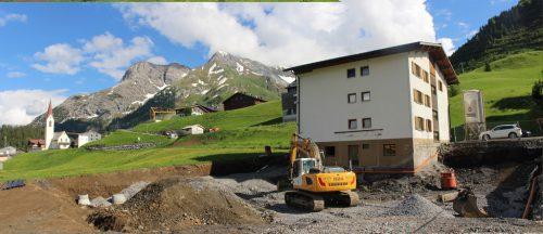 Nach dem Teamhotel in Schoppernau laufen auch in Warth die Vorbereitungen zum Bau einer modernen Mitarbeiter-Unterkunft in Modulbauweise. Strauss
