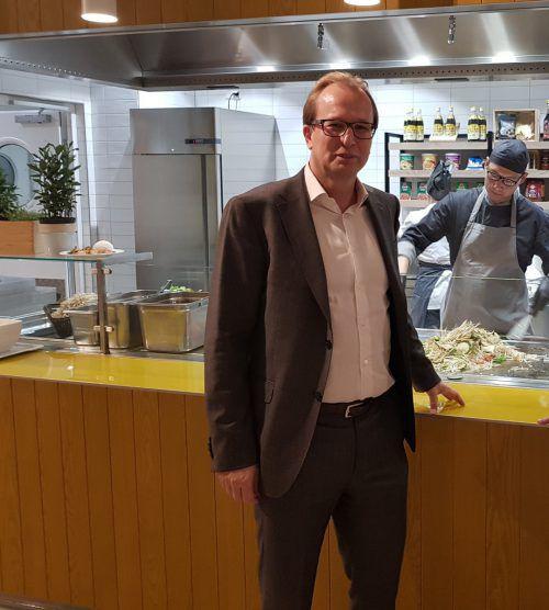 Gastronomie-Manager Georg Hirsch-Stronstorff hat das Festspielcatering mit 1. Juli übernommen. In Vorarlberg wird auch bei Zumtobel gekocht. Fa