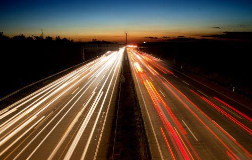 In Deutschland schlägt vor allem der hohe CO2-Ausstoß zu Buche, etwa durch Verkehr und auch durch Kohlekraftwerke. DPA