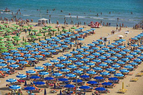 In Rimini, Riccione und Cattolica sind die Badefreuden derzeit getrübt. Fotolia