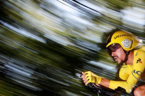 Julian Alaphilippe drückte im Zeitfahren aufs Tempo, gewann nach 27 Kilometern mit 14 Sekunden Vorsprung.reuters