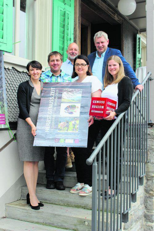 Kerstin Biedermann-Smith, Kurt Stark, Jürgen Denk, Nicole Wolf-Vöhl, Lothar Eiler und Katrin Berchtold. Alpenregion