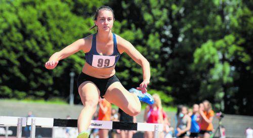Magdalena Baur lief über die 400 m Hürden als Zweite ins Ziel.gasser