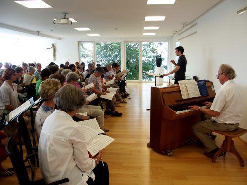 Markus Landerer leitet wieder die Tage der Kirchenmusik, die bei den Choristen in Vorarlberg auf großes Interesse stoßen. ju