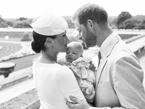 Mit nur rund 25 Gästen soll das Paar die Taufe seines ersten Sohnes gefeiert haben. Die Paten werden nicht offiziell genannt. AFP