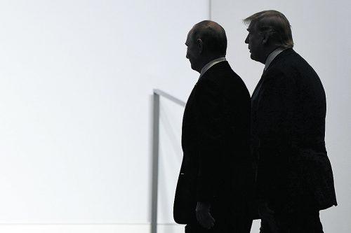 Mit Putin (l.) und Trump wird der INF-Vertrag Geschichte. Das hat Folgen.AP