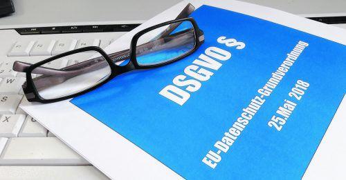 Öffentlich Das Grundbuch ist für jeden öffentlich zugänglich, für Immobiliengeschäfte gilt die Datenschutzgrundverordnung nicht.Foto: Alexandra H._pixelio.de